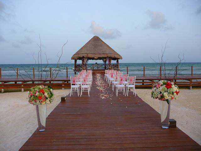 Una ceremonia en la playa